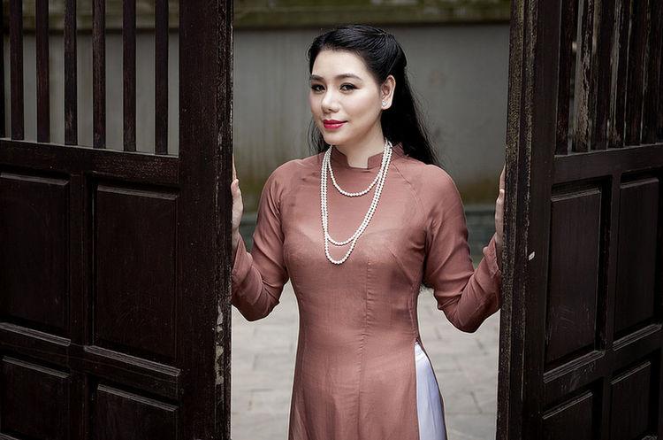 ... Namphamfoto Hanoi Vietnam  +84977216686