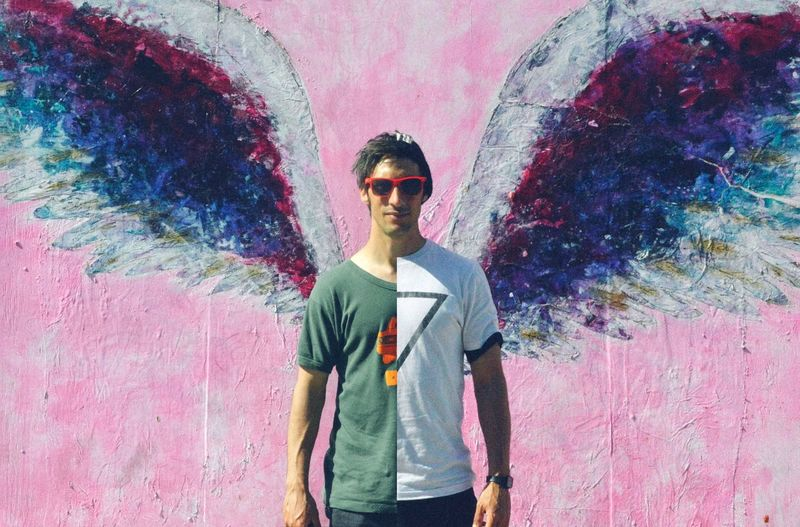 Angel twins #SplitCam #losangeles #california #selfportrait Twins Sunglasses Fashion Glasses Young Men Front View Casual Clothing Creativity Graffiti Leisure Activity Day Architecture Waist Up Holi The Modern Professional
