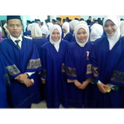 7 days of memories Day 1 - my convocation day. The day that i make my parents proud on me... Campakbelakang Convocation Jumpegeng Brosis -hood