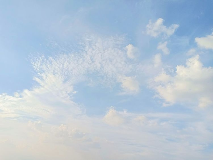 Flying Backgrounds Blue Summer Sky Only Pastel Colored Abstract Cloudscape Sky Cloud - Sky