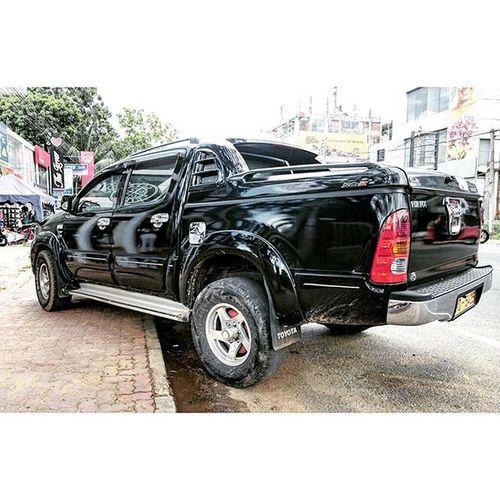 TOYOTA. Toyota 4x4 Anuradhapura SriLanka hilux car