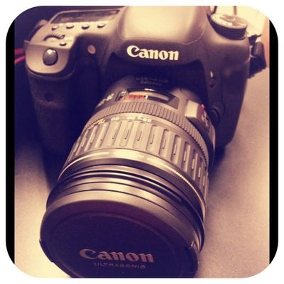 """Picframe finally took a pic of """"my new baby"""" 😄😊☺😍😘 really love my photography class Photography Canonslr Canon Ilovetakingphotos Photographer"""