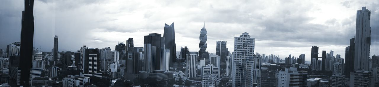 Panamá Skyscraper City Architecture Tall - High Tower Wide Shot Office Building Panoramic EyeEm Gallery EyeEm Photography Samsung Galaxy Note 4 Office View