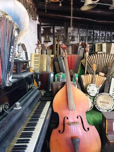 Music Room Music Musical Instrument Piano Arts Culture And Entertainment Indoors  Musical Instrument String No People Day Sobreiro Mafra Portugal Visit Portugal Music Room Cello