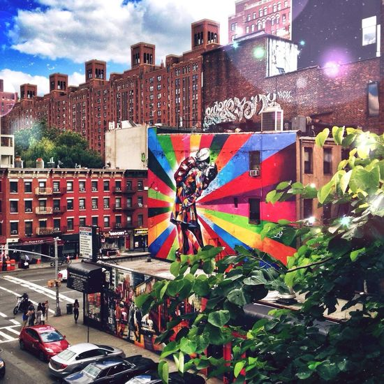 My favorite graffiti ever on my favorite city in the world! I❤️NY :) Urban Art By JUNIQE Cities_collection The Explorer - 2014 EyeEm Awards The Illusionist - 2014 EyeEm Awards