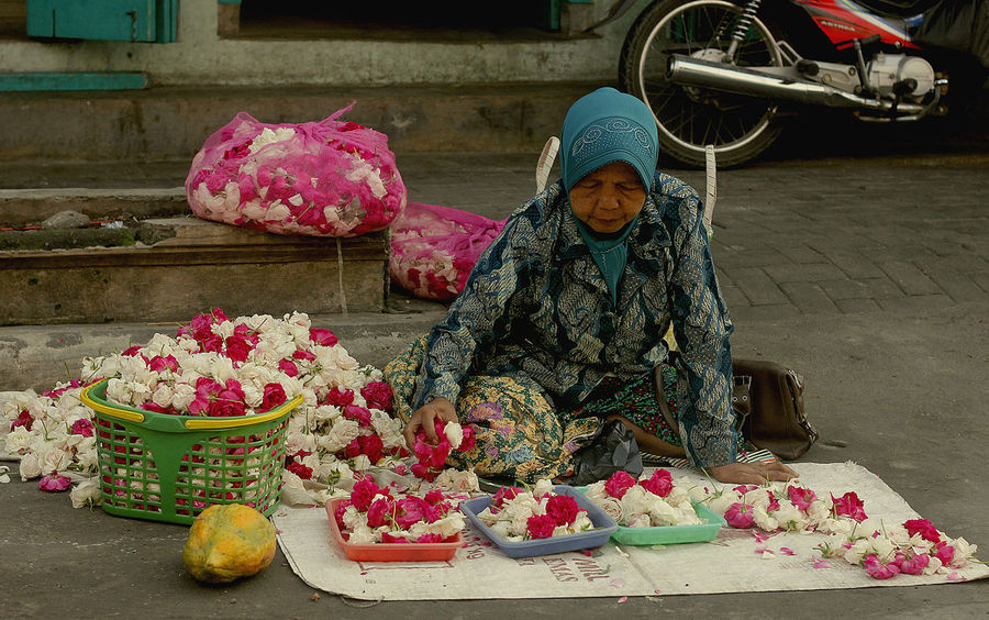 Flower Seller Child Childhood Day Flower Freshness Front View Full Length Girls Looking At Camera One Person Outdoors People Portrait Real People Warm Clothing