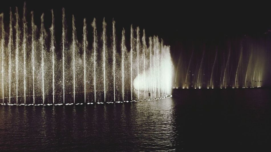 Dubai Fountain Fountain