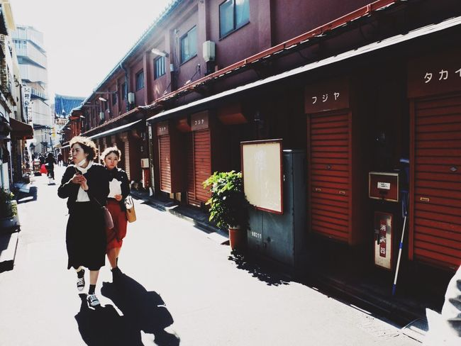 Building Exterior Real People Architecture Walking Outdoors Togetherness Girls Eyem Best Shots Mobilephotography VSCO Japan