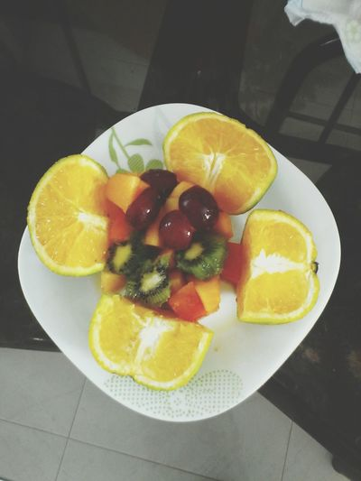Taking Photos First Eyeem Photo Breakfast Fitness Eat Fruts Fruits Fitfood Yummy♡ Salad Relaxing