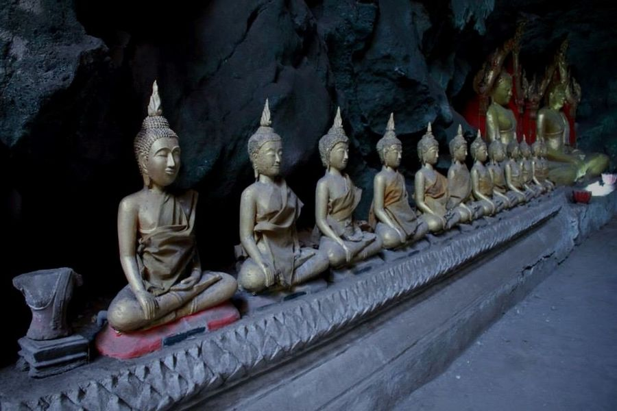 Templeple] Buddhism Buddha Enjoying Life Traveling Check This Out Cave Ancient Memories