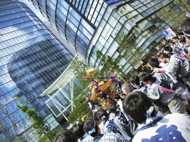 2013 Adult Architecture Building Built Structure Crowd Day Festival Gala Large Group Of People Men Mikoshi People Real People Tokyo お祭り 神田 神田まつや 神田明神 神輿