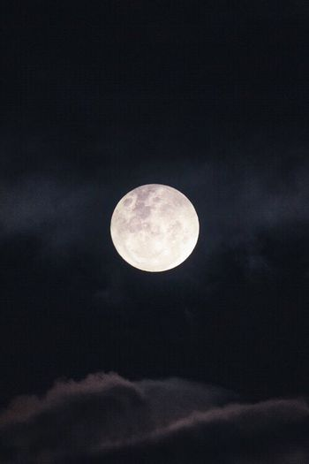 Moonlight Moon Night Full Moon Sky Nature Astronomy Low Angle View Outdoors Beauty In Nature No People Cloud - Sky Tranquility Scenics Moon Surface Space Midnight Black Background Planetary Moon Tranquility Beauty In Nature Low Angle View Nature Full Moon Copy Space