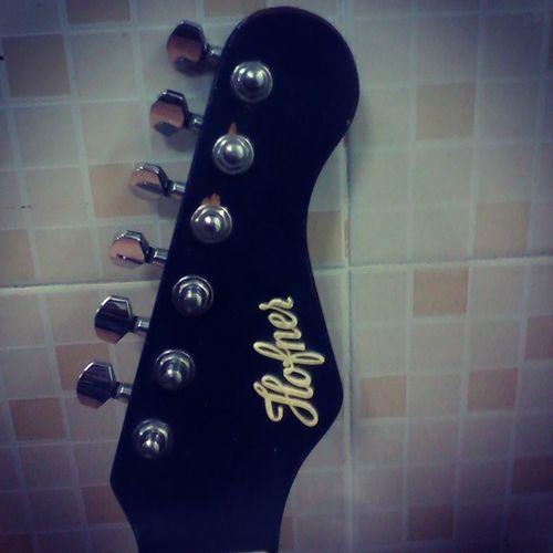 Guitar Hofner HEAD Picoftheday