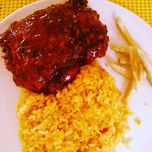 Sunday lunch! Honey glazed chicken by Chef Bandy and, java rice and sweet potato fries by Chef Demzy. 🍴😊Yum Husbandwifebonding Sundayisfamilyday