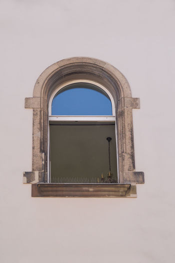 Enjoying The View Eye4photography  Facades Fenster From My Point Of View Offenes Fenster Open Window Urban Geometry Urban Lifestyle Walking Walking Around Wind Window
