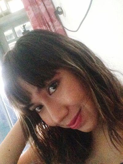 No Makeup 👻👻 Looking At Camera Indoors  Long Hair Smiling Nomakeup Selfie ✌