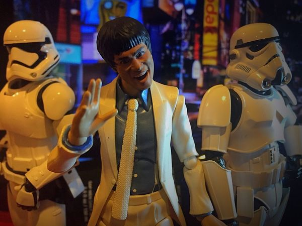 Is party time!! LikeABOSS Toyinstagram Toyphotography Toycrewbuddies TheForceAwakens Toycommunity Toyphotographer TheEmpire Starwarstoys Toygroup_alliance Stormtroopers Toy Photography Taking Photos Bruce Bruce Lee Night Night Photography Nightlife NYC NYC Street