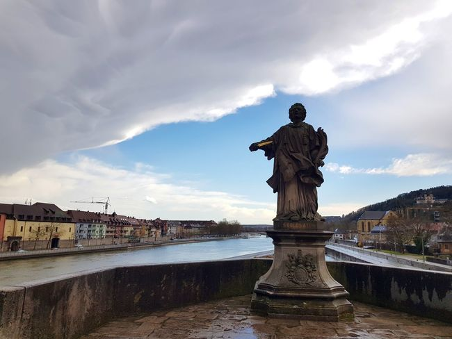 City Cityscape Water Statue Sculpture Bridge - Man Made Structure Long Exposure Fountain Sky Architecture Memorial Town Square Monument Old Town Human Representation Historic Male Likeness Extreme Weather