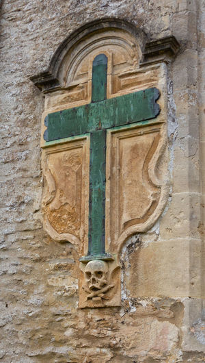 Religion Cross Place Of Worship Architecture Close-up Wall - Building Feature Old No People Skull Church