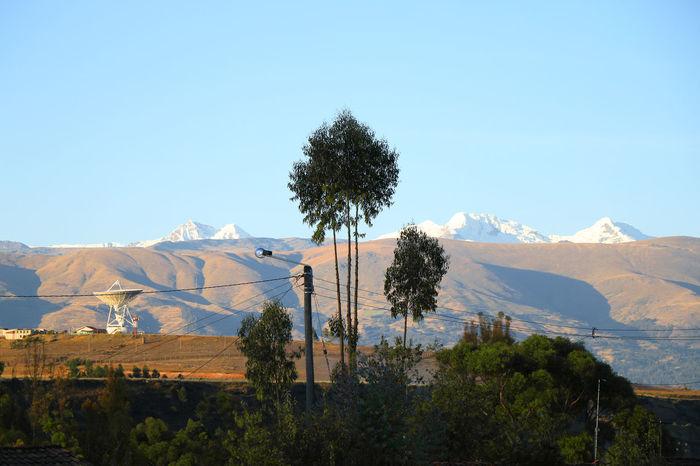 Valle y montaña de hielo. Blue Sky Cold Temperature Contrast Ice Mountain La Montaña Montaça Mountain Mountain Range Sky