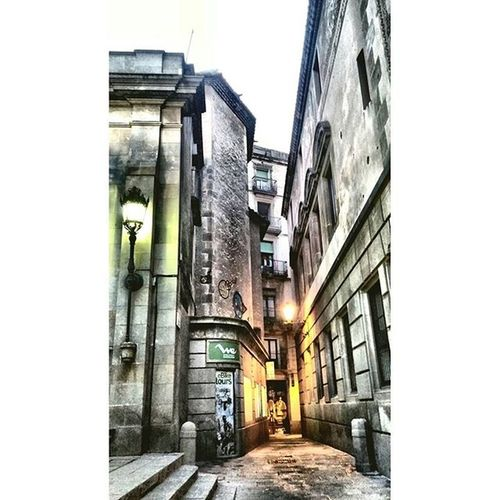 Montjuïcdelbisbe Barrigotic Barriogotico GothicQuarter Barcelona Katu Street Calle Rue Drboost Catalonia Catalunya Thebarcelonist EnjoyBcn Visitbarcelona Livelovebarcelona Catalunyaexperience Ok_catalunya