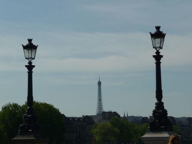 Architecture City Day Eiffel Tower Eiffelturm Himmel Lampadaire Outdoors Sky Street Lamp Street Light Tour Eiffel