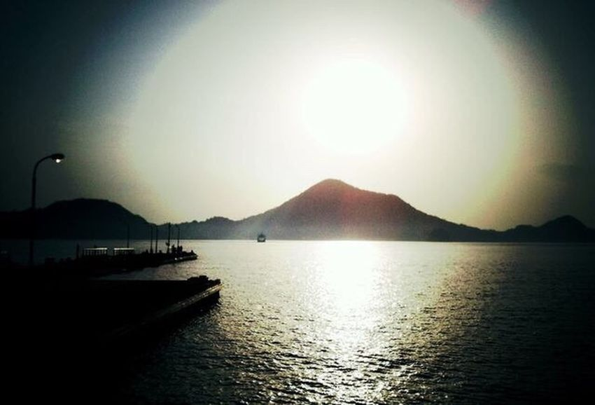 Mountain Nature Sea Sunset Evening Scenics Silhouette Beauty In Nature Tranquility No People Tranquil Scene Sunlight Snap Snapshot Snapshots Of Life Photooftheday 興居島 Shikoku Ehime,Japan The Secret Spaces EyeEmNewHere IPhoneography Tranquility Walking Around The Great Outdoors - 2017 EyeEm Awards