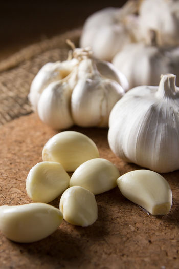 Close-up of fresh peeled garlic