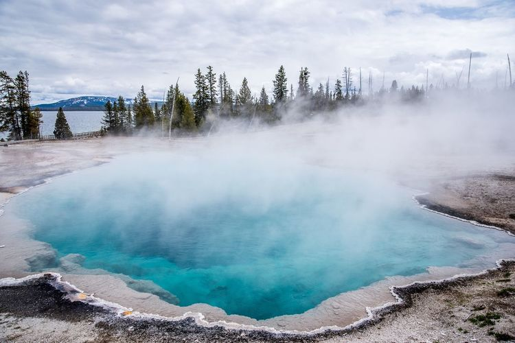Geyser Nature National Park EyeEm Selects Smoke - Physical Structure Nature Beauty In Nature Outdoors Sky Water Steam Cloud - Sky Hot Spring Landscape Travel Destinations Scenics Geyser