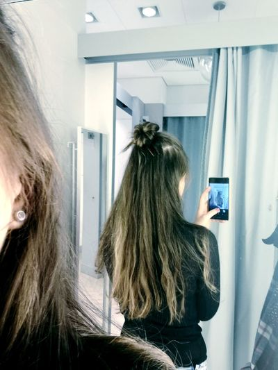 MY HAIR JUST LOOK FABULOUSShopping.long-hair. First Eyeem Photo. brownhair. hairbun. hairstyle.