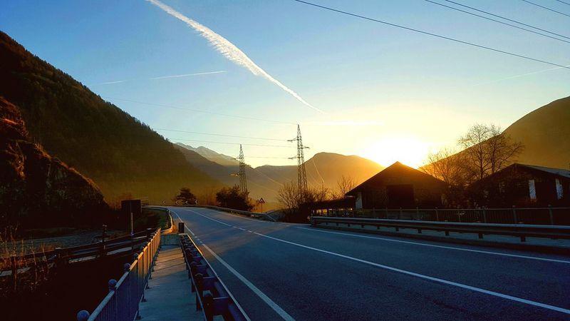 Sunset Transportation Road Travel The Way Forward Sky Outdoors No People Day Running Runner Running Time Running Free Runningpics