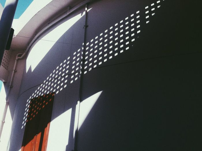Sunlight Shadow Pattern No People Day Architecture Built Structure Nature Low Angle View Close-up Indoors  Flag Shape Wall - Building Feature White Color Design Focus On Shadow