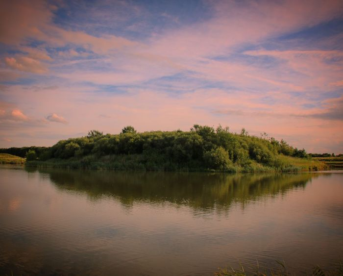 Natures vision Water - Collection Nature Photography Water Reflections England Photographylovers Dark Photography Evening Sky Evening Light Evening Walk Fine Art Photography Melancholic Landscapes Water Scape