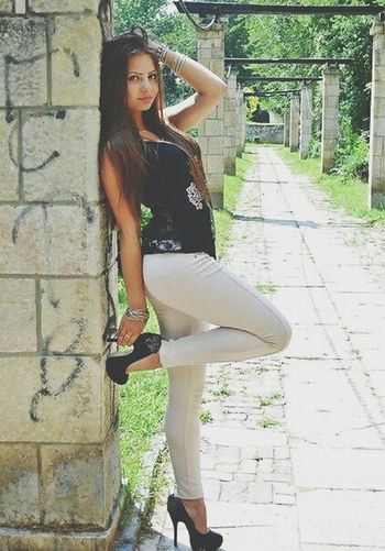 Leisure Activity Full Length Lifestyles Young Adult Person Architecture Long Hair Built Structure Footpath Outdoors Beauty Diminishing Perspective Casual Clothing Medium-length Hair Day Young Women First Eyeem Photo