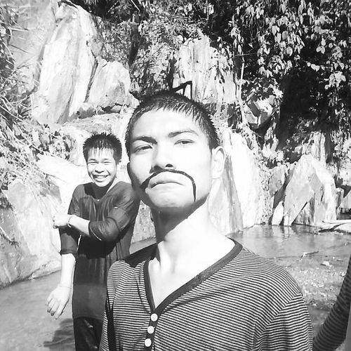 ท่านขุนมอเล่ แอนด์ สมุนซาน !!! น้ำตกแม่พูล Uttaradit