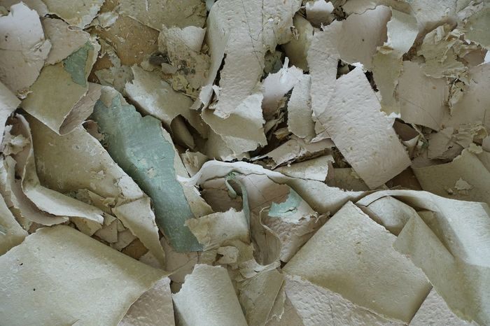 Backgrounds Full Frame Crumpled Textured  No People Close-up Wallpaper Renovierung Renovation Surfaces And Textures Background Textures And Surfaces Textured  Indoors  Mixed Material Architectural Detail Close Up Surface Texture Working Hard