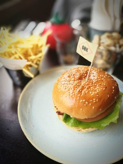 Burger for lunch Burger Food And Drink Ready-to-eat Chicken Burger Skinny Chips Chips Lunch GBK HuaweiP9 HuaweiP9Photography