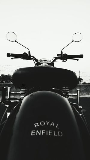 Mobilephotography Eye4photography  Eyeemindia EyeEm Gallery Classic350 Royalenfield Royalenfieldindia Royal Enfield Group Black & White