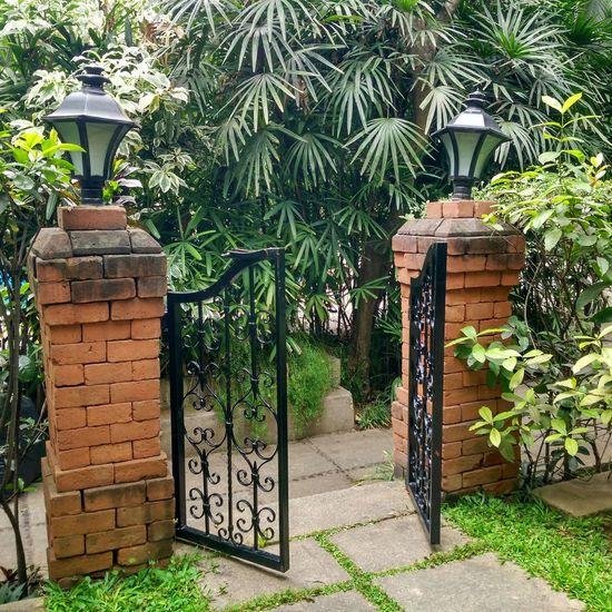 Gate Open Gate Enter Front Gate
