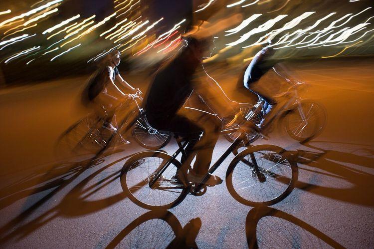 CyclingUnites Cruising the Long Beach streets with the squad > Enjoy Bicycles Fun California