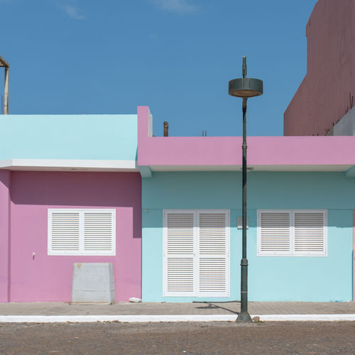 Hoffi99 Day Architecture Built Structure Building Exterior Building Window Sky Pink Color Blue Residential District Nature House No People Street Sunlight Outdoors City Street Light Multi Colored Clear Sky