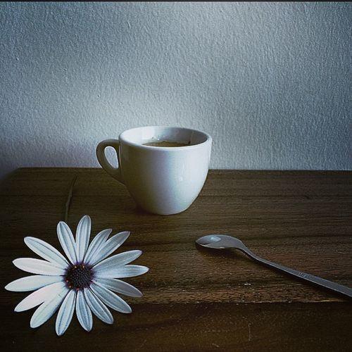 Un coffee plis.. My coffe Coffeecollection Coffee ☕ Breakfast ♥ Coffeetime Coffemy The EyeEm Breakfast Club CoffeTime Coffeelover My Breakfast Coffe❤️