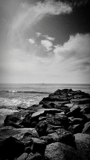 Sea Beach Horizon Over Water Water Sky Nature Tranquility Sand Cloud - Sky Scenics No People Outdoors Beauty In Nature Summer Shadow Day Low Tide UnderSea Black And White Photography Wintertime November 2017 Perspectivephotography Godrules Tranquil Scene Prayertime