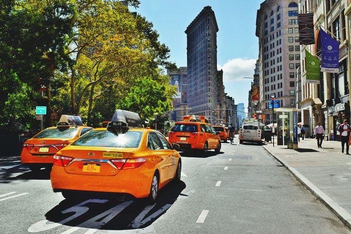 Taxi New York Flatiron Building Lovenewyork Traveladdict Love ♥ Photo Yellow Sun City