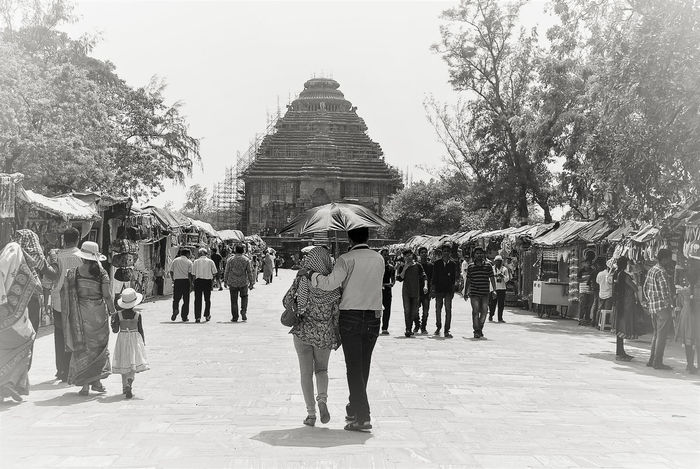 Couple Friends Love Walking Together Built Structure Couples Outdoors People Real People Realtionship Togetherness Umbrella Walking Your Ticket To Europe Mix Yourself A Good Time Sun Temple Konark, Orissa Konark Konark Sun Temple The Week On EyeEm Romance Connected By Travel Black And White Friday Be. Ready. See The Light Perspectives On People EyeEmNewHere EyeEm Ready   Summer Exploratorium