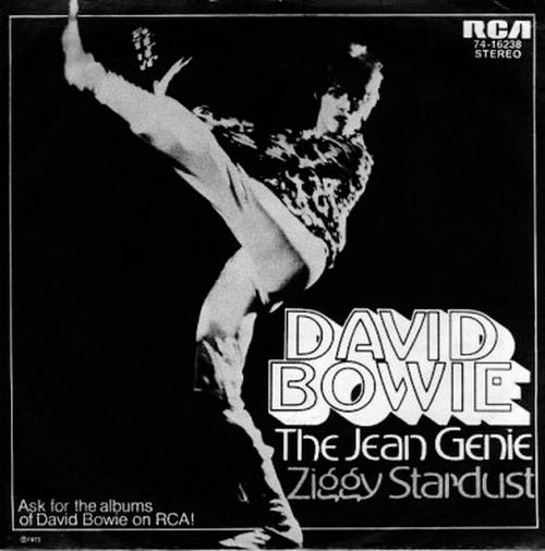 In memory of David Bowie The Jean Genie Bowie In Berlin Bowie Bowie Lovers Bowie Maniac Bowielovers Bowiefans Bowiemaniac Bowiecollection Bowievinyl Bowie! Bowiemaniacs Bowierecords Bowievinylcollection David Bowie Davidbowie R.I.P. David Bowie Rip David Bowie Bowiecollector Davidbowieis Rip