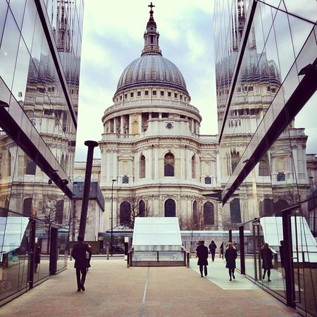 St Paul's #reflection ??? #stpaulslove #shootermag #alan_in_london #insta_uk #insta_london #london #london_only #jj Reflection London Shootermag Jj  Insta_uk London_only Alan_in_london Insta_london Stpaulslove