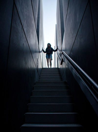 Architecture Built Structure Low Angle View Monment Schattenspiel  Shadows & Lights Silhouette Stairway Discover Berlin