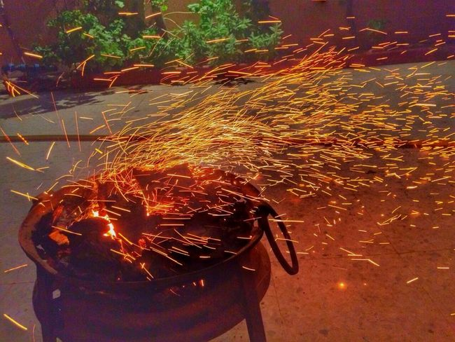 Capture The Moment Fire Enjoying Life Hanging Out Ebeshti Creative Light And Shadow