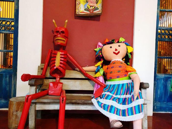 Cancun Mexico, solos tu y yo Devil Doll